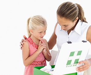 Best daycare centers host proper first aid providers
